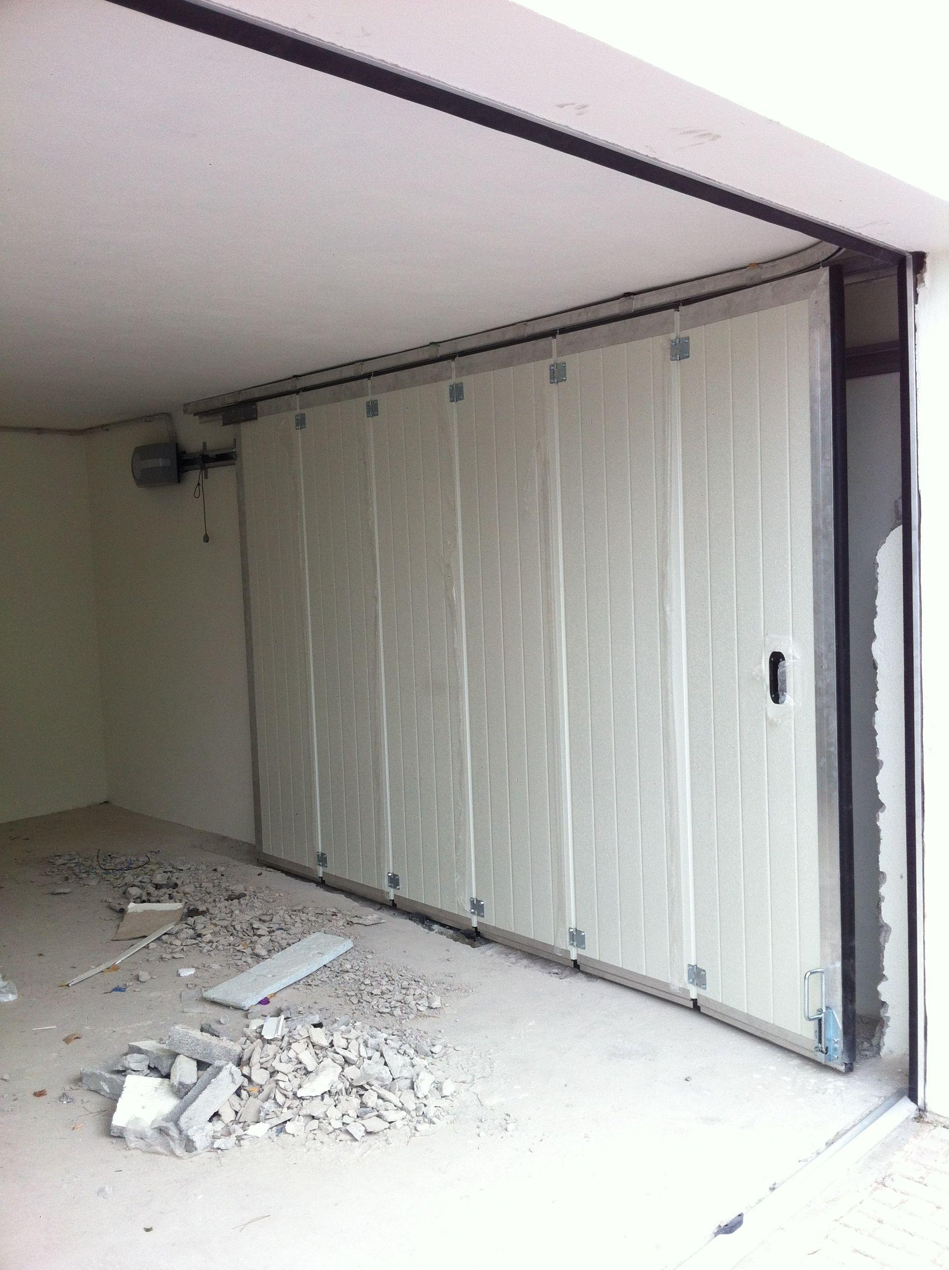Puertas seccionales para garages automatismos balaguer - Automatismos para puertas de garaje ...